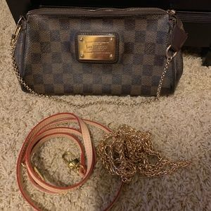 Authenticated Louis Vuitton Damier crossbody